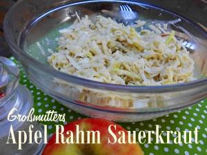 Großmutters Apfel-Rahm-Sauerkraut